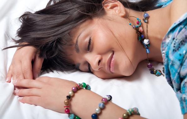 Как разбудить в девушке страсть