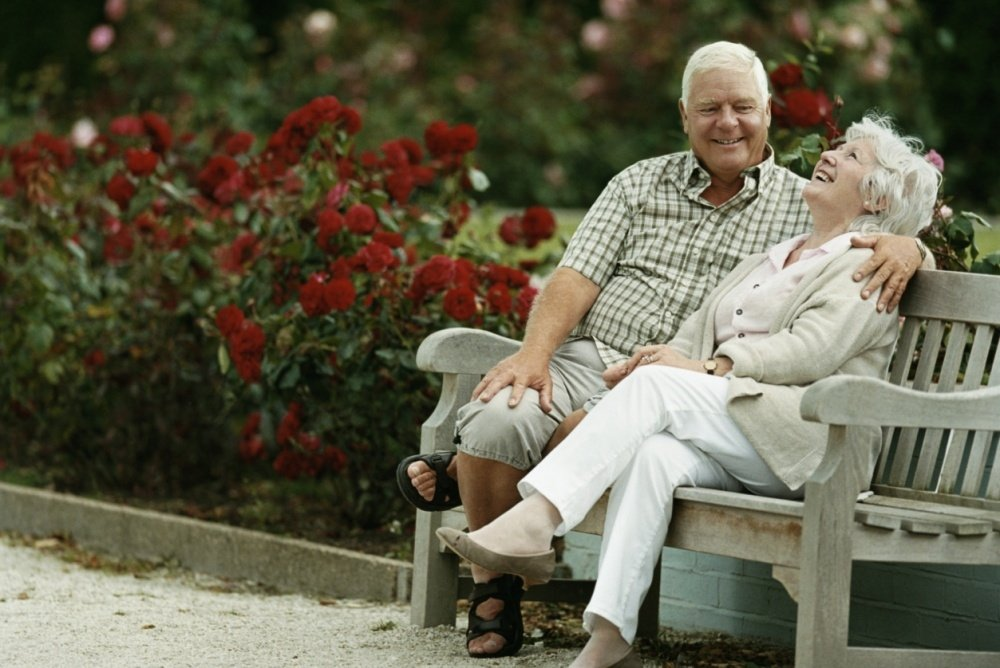 Знакомства для пожилых людей: причины искать вторую половинку в любом возрасте